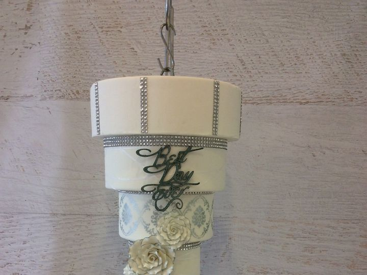 Tmx 1460401325700 Chandelier Nesconset wedding cake