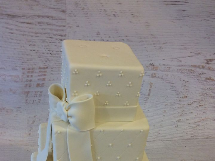 Tmx 1473531917178 Wedding 4 Nesconset wedding cake