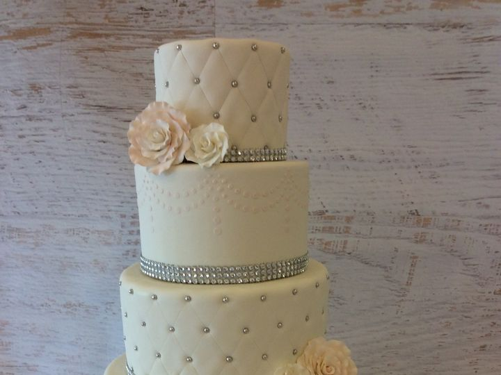 Tmx 1473531965135 Wedding 5 Nesconset wedding cake
