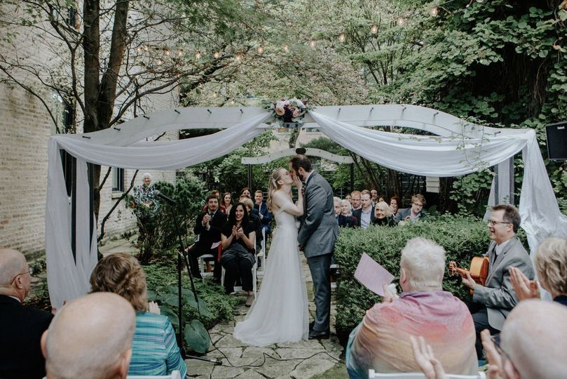 Backyard wedding, Lincoln Park