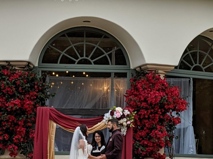 Tmx Wedding On Steps 51 996812 158170904277111 Ventura, CA wedding planner