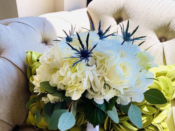 Tmx Pic58 51 1009812 159511639866386 Woodbury, NY wedding florist