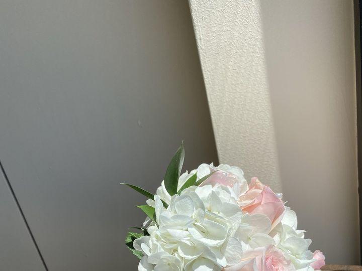 Tmx Pic61 51 1009812 159511639898804 Woodbury, NY wedding florist