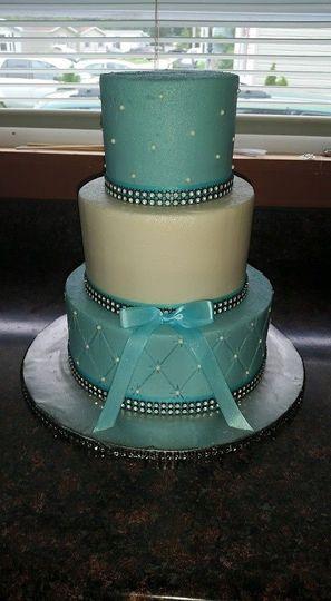 Cakes By Elizabeth Wedding Cake Exeter Nh Weddingwire