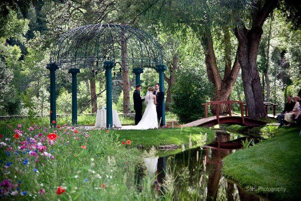 The dunafon castle venue idledale co weddingwire for Places to have a wedding in colorado
