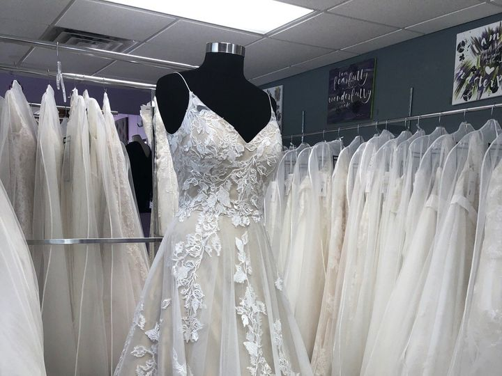 Tmx Img 5552 51 405912 160209474358095 North Wilkesboro, NC wedding dress