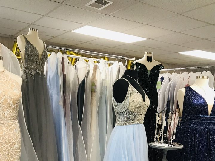 Tmx Img 6858 51 405912 160209394413112 North Wilkesboro, NC wedding dress