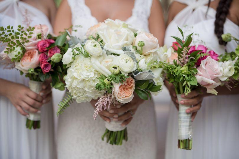 White wedding party dresses