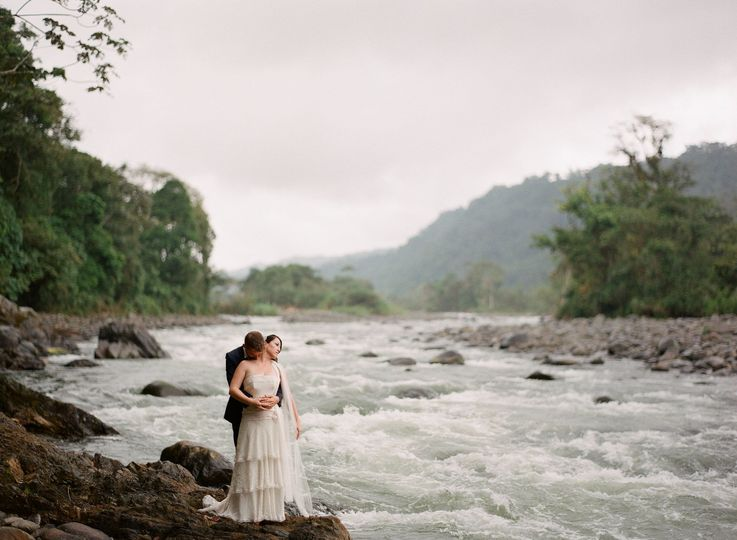 Cloud forest wedding  #elopement #smallweddings #destinationweddings #ecuador #travel #realwedding...