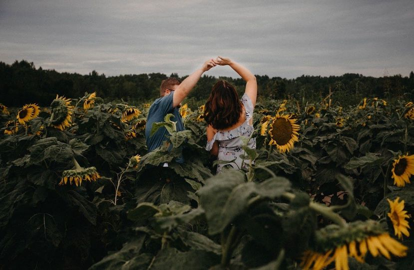 Dancing in the sunflowers!