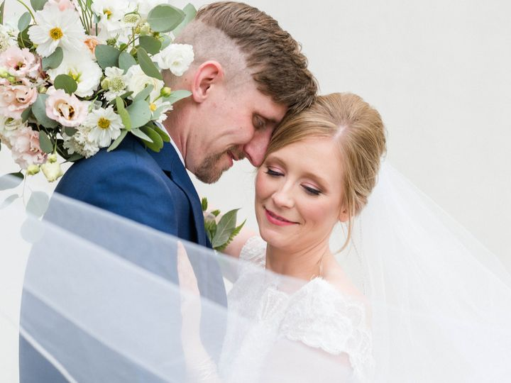 Tmx 1532660782 A655d9abe23a31b1 1532660779 91c65fe40c9bba36 1532660777366 16 Kellie   Jared    Nashville, TN wedding photography