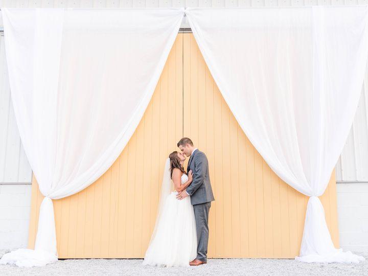Tmx 1533491377 8131317b84a03f32 1533491374 Ba4fcce02a25300f 1533491365453 3 Kelley   Keaton    Nashville, TN wedding photography