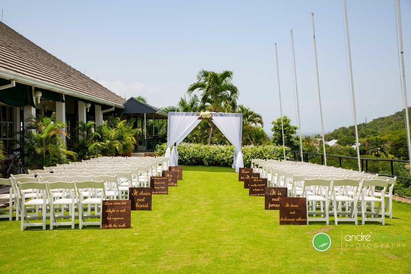 efc291351ba47c35 Wedding Setup 1
