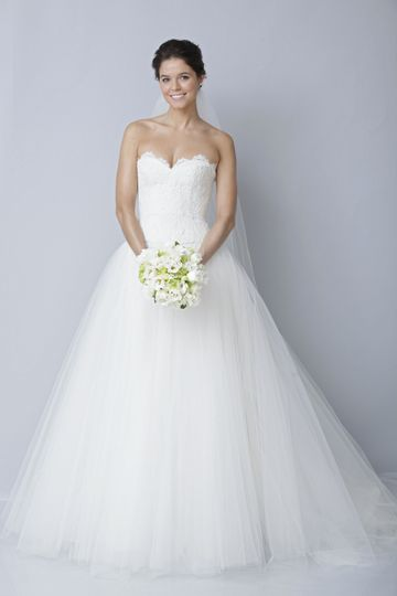 Simple heart neckline gown