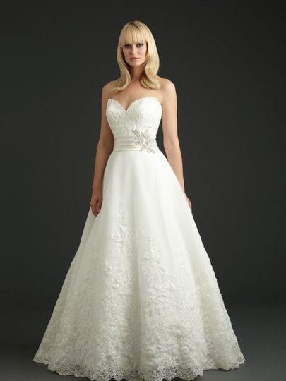 Lace heart neckline gown