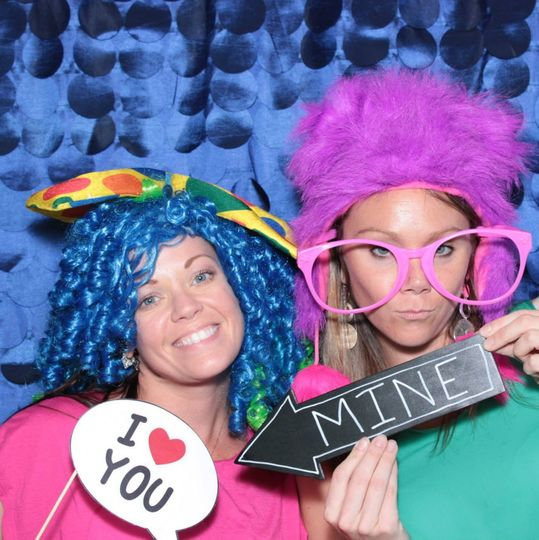 Snap It Photobooth and Glamper Booth