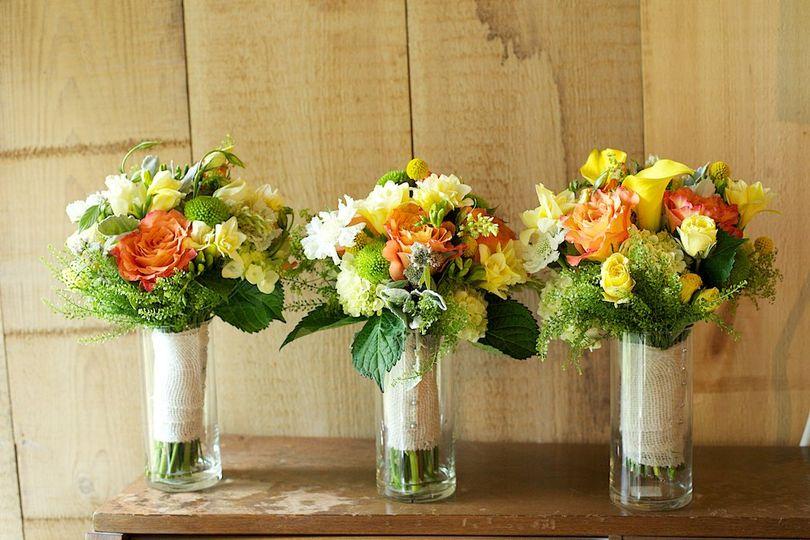 Warm tone flower bouquets
