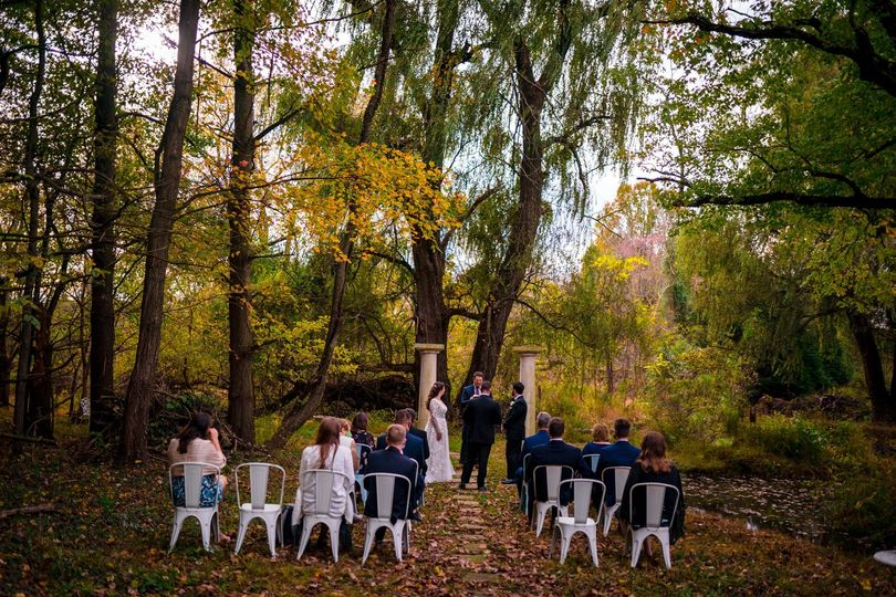 ceremony ballinger farm hamilton va loudon county mini wedding photography by bee two sweet 18 websize 51 1015022 162328173821436