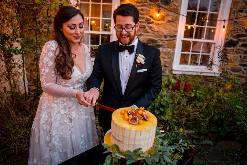 reception ballinger farm hamilton va loudon county mini wedding photography by bee two sweet 27 websize 51 1015022 162328125813845