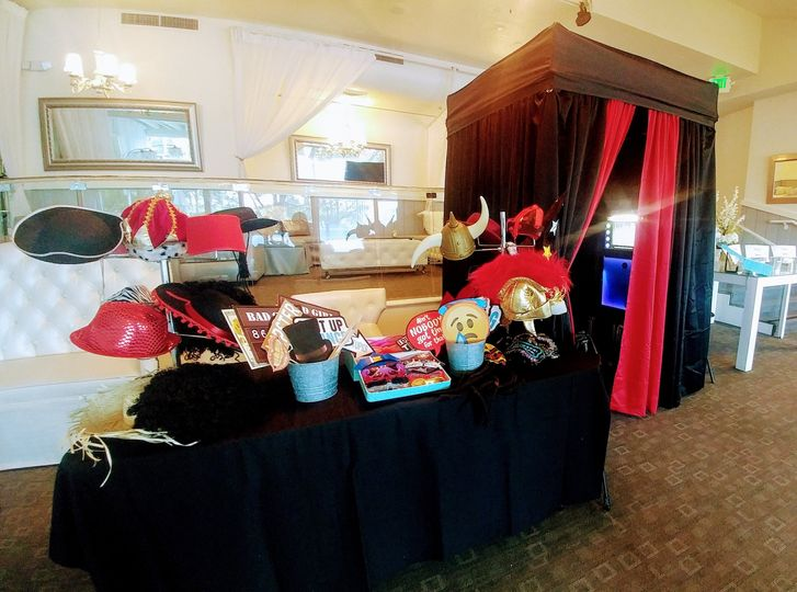 Enclosed Photo Booth Setup