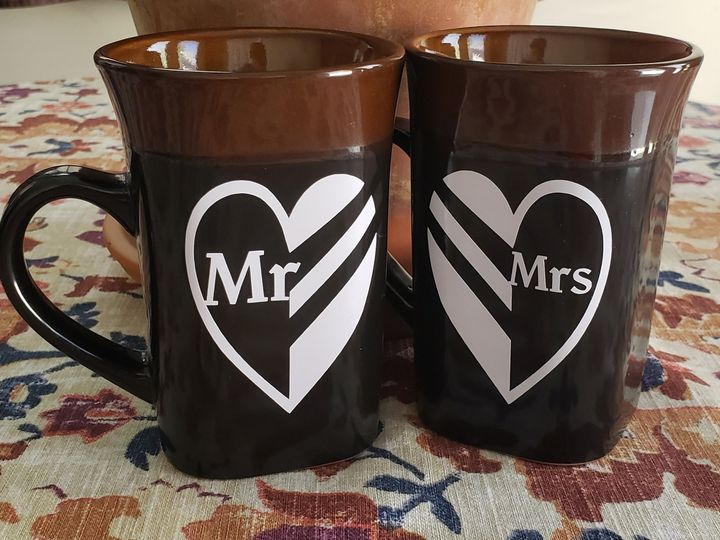 Tmx Mr And Mrs Heart Mugs 51 1008022 160290153324909 Indianapolis, IN wedding invitation