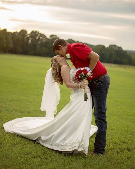Ranch wedding on the river