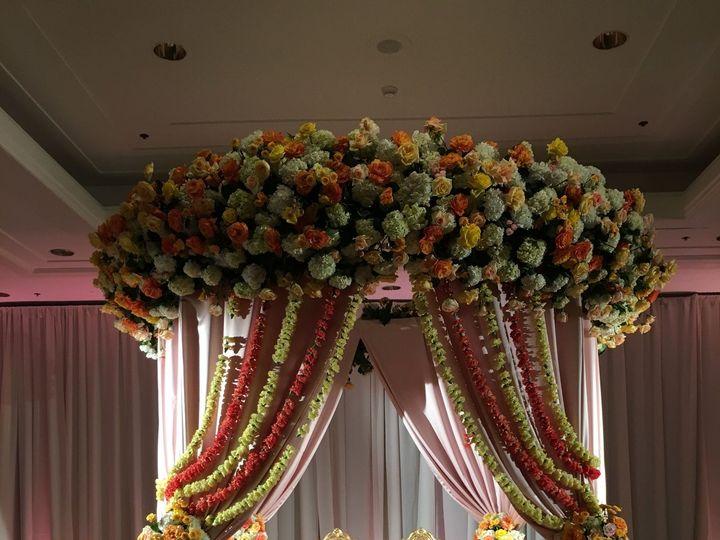 Tmx 1518200727 3b69f8aaa625e582 1518200723 B71088c4e5d919ca 1518200694854 27 IMG 3199 Silver Spring, District Of Columbia wedding florist