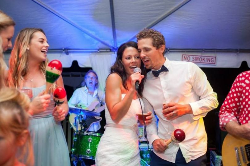 Couple's singing