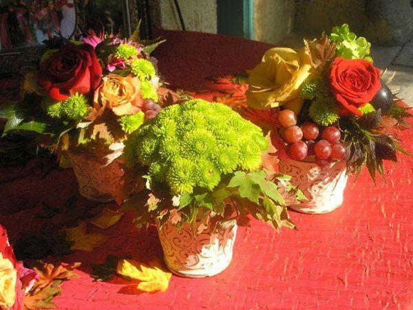 Tmx 1244948562660 Dressersmallarrwithfruit4 Tulsa wedding florist