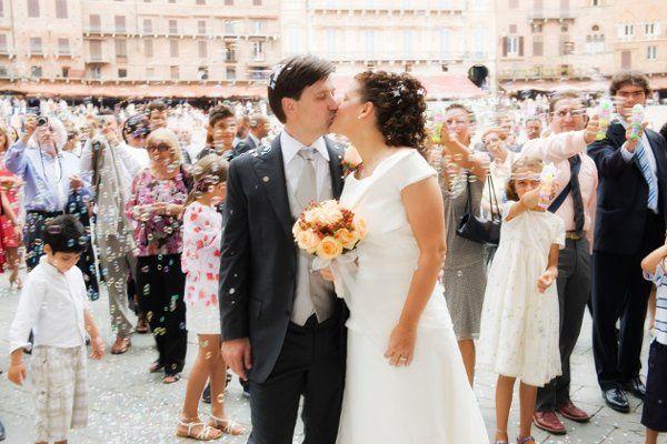 Ada and Gianni Piazza del campo