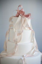 Satin ribbon cake design