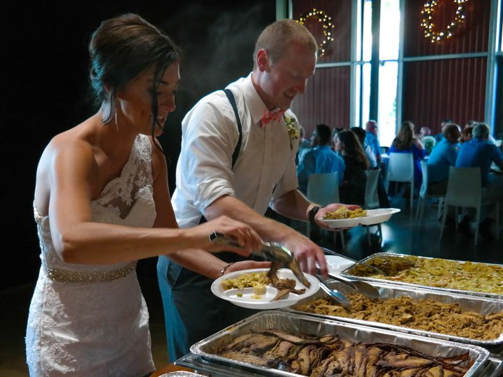 Tmx Sam 3596 51 734222 Slater, IA wedding catering