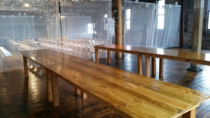 Empty long table for rent