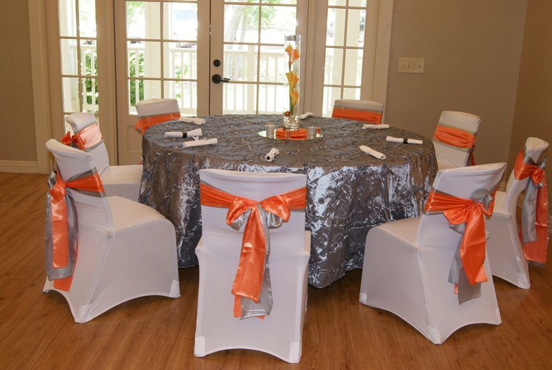Silver round table setup