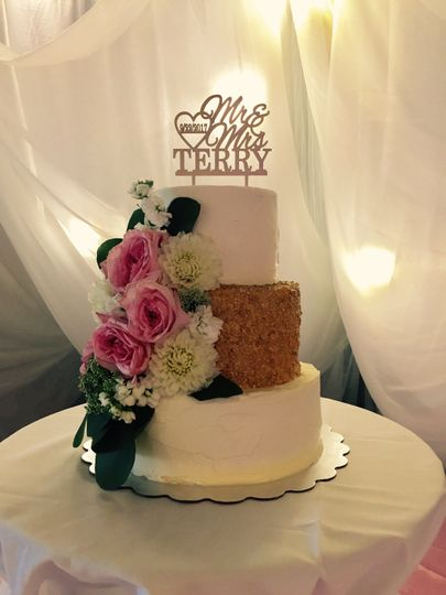 3-tier wedding cake with brown tier