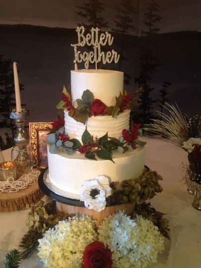 3-tier cake with roses
