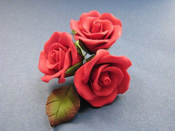 3 Rose Spray 2 - Red