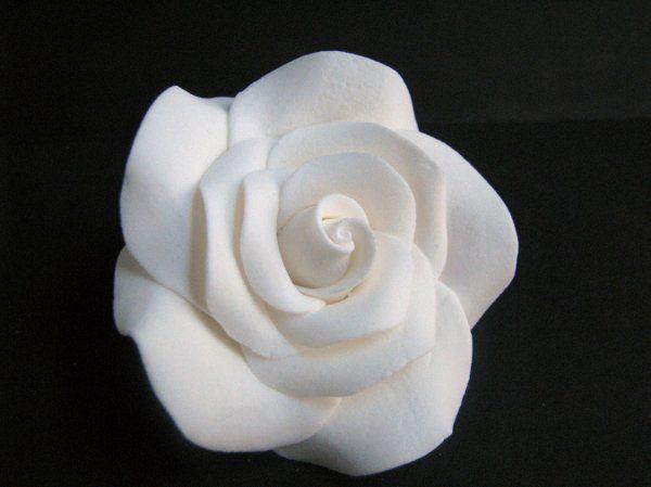 Exquisite Rose - http://www.gumpasteflowerstore.com/exquisiterose.html