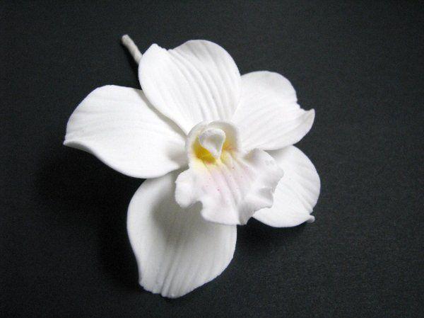 Cymbidium Orchid (White) - http://www.gumpasteflowerstore.com/orchids.html