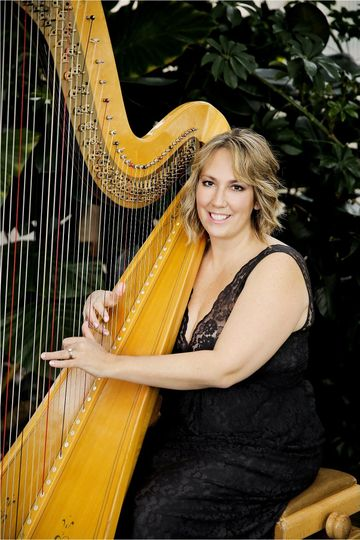 800x800 1455233539775 monica smith harpist0087