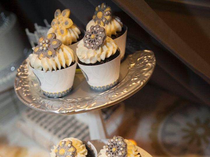 Tmx 1361063842900 2TiersofCupcakes Fairfield wedding cake