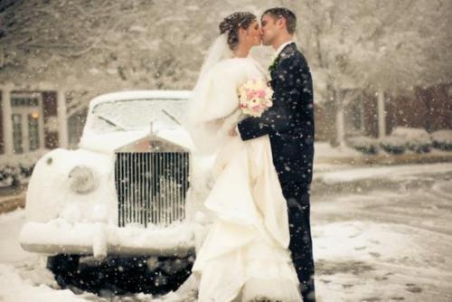 Tmx 1529385094 42f49af4e144d806 1529385094 2b02fd5198b586a0 1529385093439 1 Cc5 Westbrook wedding transportation