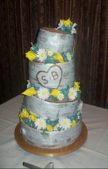 lisa 39 s custom cakes wedding cake chittenango ny weddingwire. Black Bedroom Furniture Sets. Home Design Ideas