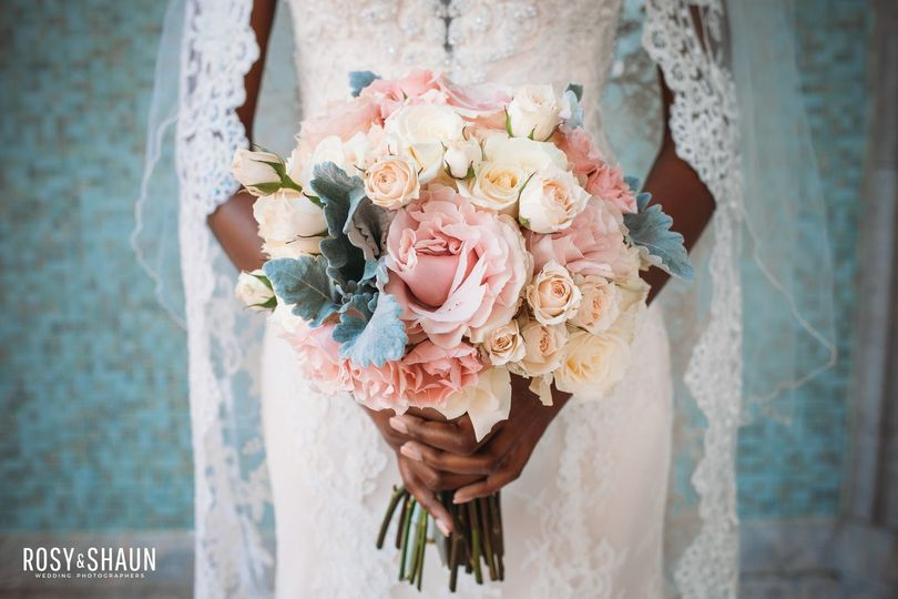 Sweet and dainty arrangements
