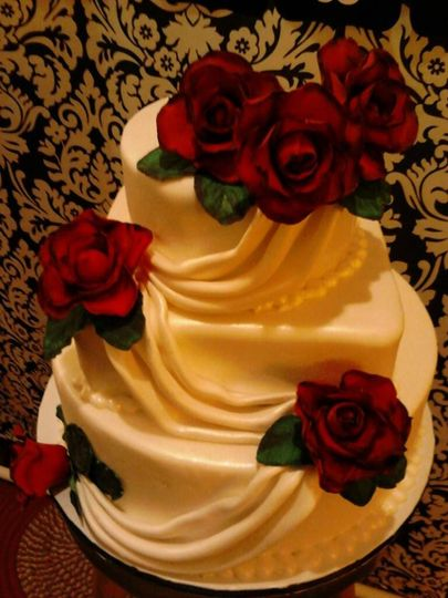 mindee and randys wedding cake