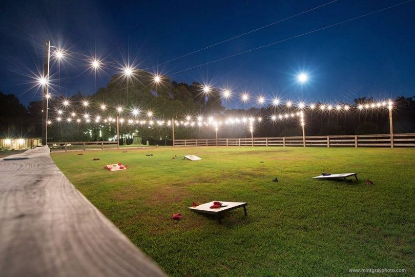 String-lit Open-air Corral