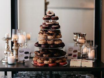 Tmx 1485376902651 Hmeventstheboxsantiagomurillo Milwaukee wedding cake