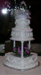 Tmx 1199814176463 Weddingcake3tierheartwith9inchpillars Pelham wedding cake