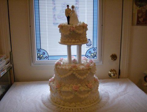 Tmx 1200531027858 Weddingcake3tiereBC6Adottedswiss Pelham wedding cake