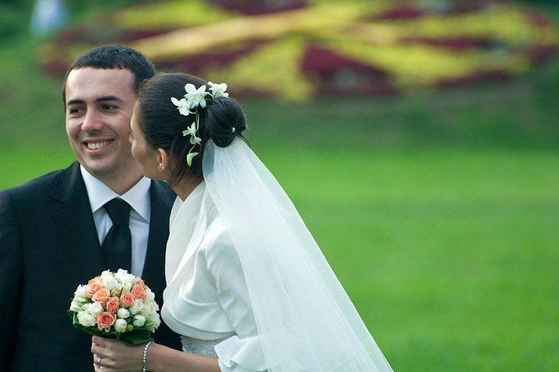 3cb09235d0155d70 1348156339175 weddings000119
